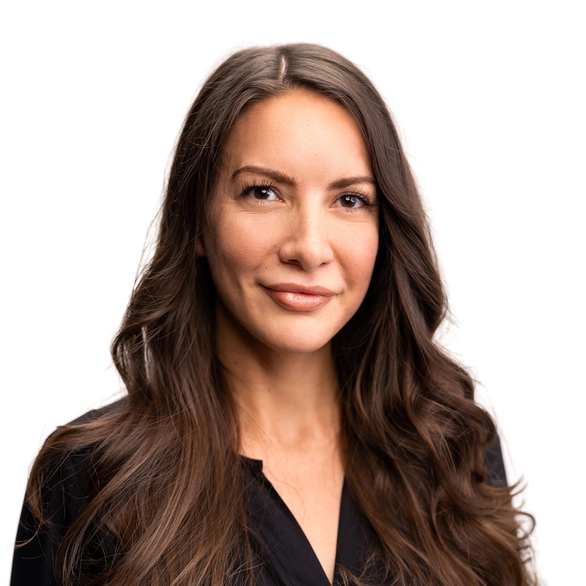 Dr. Maya Kuczma